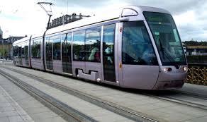 Da Subaugusta a Ponte Mammolo, sognando Roma Nord: sulla Togliatti in tram come a Parigi